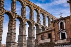 förkläden Segovia Spanien jäkels jordluckrare på stenen Fotografering för Bildbyråer