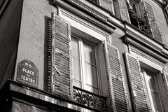 Förlägga du Tertre Tecken in Montmartre i Paris Frankrike Arkivfoto
