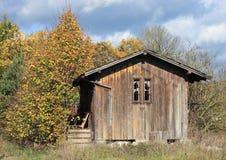 förlägga i barack trä royaltyfri bild
