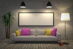 Förlöjliga upp den tomma affischen på väggen med lampan och soffan Royaltyfria Foton