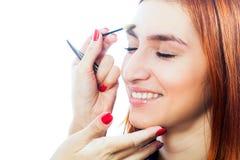 förlage på arbeta för ögonbryn Arkivfoton