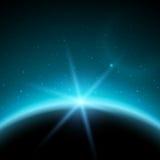 Förmörka illustrationen, planet i utrymme i blåa strålar av ljus Royaltyfria Bilder