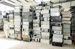 Förminska, återanvända, återanvänd av kasserade datorer Arkivbilder