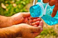 förnyande vatten Fotografering för Bildbyråer