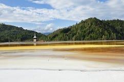 Förorening för förlorat vatten av en kopparmin Geamana Rosia Montana, Royaltyfria Bilder