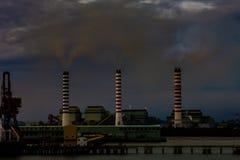förorening för fabrik för luftbakgrund blå
