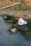 föroreningflod Royaltyfria Bilder