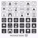 Förpackande symboler för vektor på grungebakgrund Sändningssymbolsuppsättning inklusive återvinning som är bräcklig, hyllalivet a Royaltyfri Fotografi