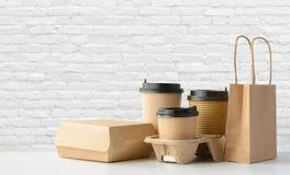 Förpackande uppsättning för snabbmat och för drink Fotografering för Bildbyråer
