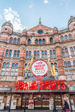 Förpliktelserna som är musikaliska på slottteatern i London Royaltyfri Fotografi