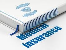Försäkringbegrepp: boka hjärta och gömma i handflatan, medicinsk försäkring på vit bakgrund Royaltyfria Foton