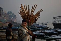Försäljare på Varanasi Royaltyfri Foto