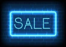 Försäljning för neontecken i en ram Royaltyfria Foton