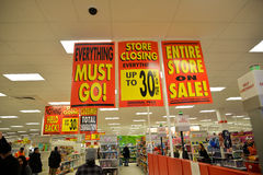 Försäljningar för den målKanada likvideringen börjar torsdag Royaltyfria Foton