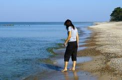 försökande vattenkvinna Arkivfoto
