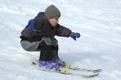 försiktigt skier royaltyfri foto