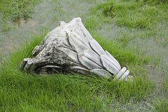 Förstörd antik kolonn Royaltyfria Foton