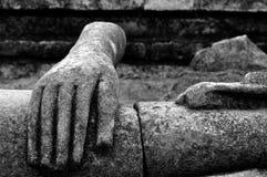 Förstörd Buddha staty Arkivfoto