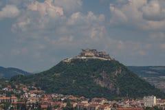 Förstörd fästning av den Deva staden royaltyfria bilder