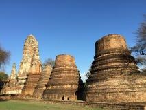 Förstörd forntida tempel av det Ayutthaya kungariket Arkivfoto
