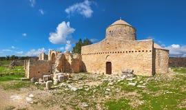 Förstörd kloster av Timios Stavros, Anogyra, Cypros, panorama- I Arkivfoto