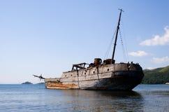 förstörd ship Arkivbild