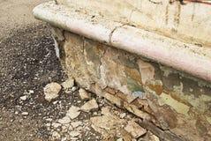 Förstörda murbrukbyggnader Arkivfoton