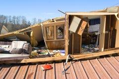 förstört hus Arkivbild