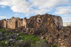 Förstört hus efter jordskalv Fotografering för Bildbyråer