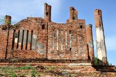 Förstört tempel på Wat Thammikarat Royaltyfria Bilder