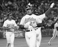 Första baseman Mark McGwire för Oakland Athletics royaltyfri foto