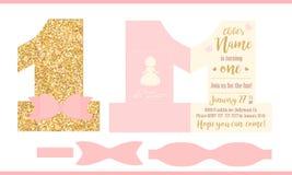 Första födelsedagflickaparti Tryckbart inbjudankort för liten prinsessa Guld blänker och rosa färger Arkivfoton