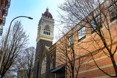 Första kongregationalistiska eniga kyrka av Kristus i i stadens centrum Portlan royaltyfri fotografi