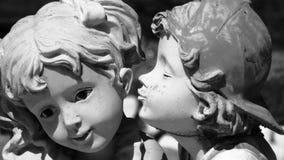 första kyss Arkivbilder