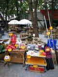 Första marknad som ska säljas om att campa från Thailand Arkivbild