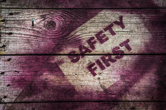första säkerhetstecken Arkivbilder