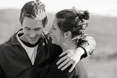 Första söta förälskelse, möte av förtrogna vänner fotografering för bildbyråer