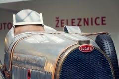 Första tävlings- bil för Bugatti typ 51 från 1931 ställningar i nationellt tekniskt museum Arkivfoto