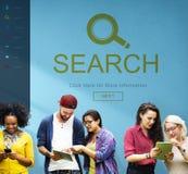 Förstorande utforskning för sökande som finner bläddrandebegrepp royaltyfri bild