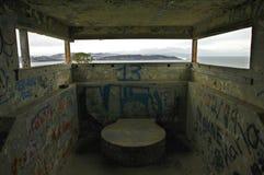 Försvarbunker vid fjärden Royaltyfri Fotografi