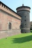 Försvarvägg med tornet Royaltyfria Bilder