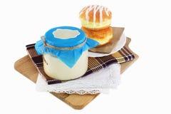 Förtätat mjölka royaltyfria foton