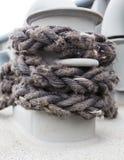 förtöja nautiskt rep arkivfoton