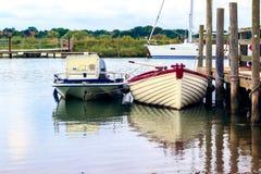 Förtöjde fartyg i den Southwold hamnen Royaltyfria Foton
