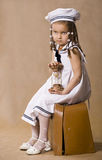 förtjusande afrikansk flicka little retro s-studiostil Arkivbilder