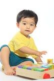 Förtjusande asiatisk unge Arkivfoto