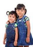 förtjusande asiatiska lyckliga ungar Arkivfoto