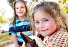 förtjusande flicka little Fotografering för Bildbyråer