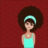 Förtjusande flicka med den afro frisyren Royaltyfria Bilder