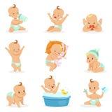 Förtjusande lyckligt behandla som ett barn och hans dagliga rutinmässiga serie av gulliga tecknad filmspädbarnsålder- och spädbar vektor illustrationer